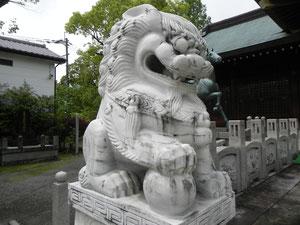 元台湾軍奉納の狛犬