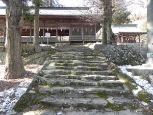 十間廊への石段
