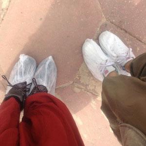 タージマハルはね、途中から靴にカバーしないといけないんだって