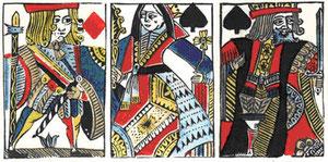 Изготовление игральных карт с помощью трафарета.