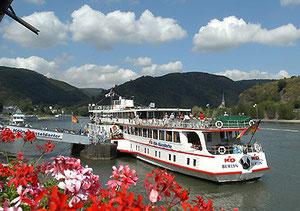 Schiffstouren - Rhein