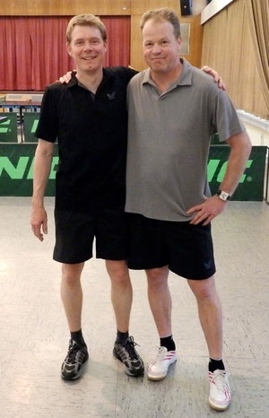 links der neue Vereinsmeister Alexander Kohl, rechts der Überraschungszweite Michael Leiner