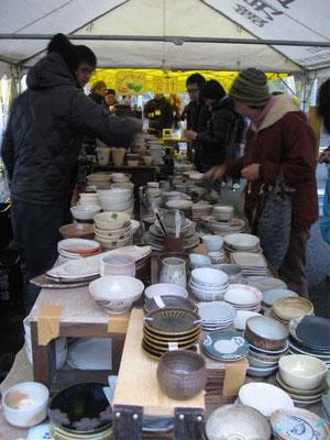 益子焼き陶器市のチャリティ