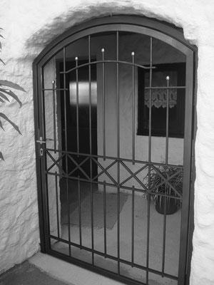 Stahltür verzinkt und lackiert