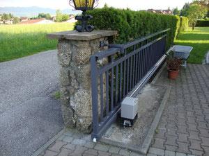 Einfahrtstor Aluminium Pulverbeschichtet