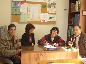 Signature de l'accord entre Econtinuidad et la UNDAC en novembre 2007, dans notre bureau de Lima