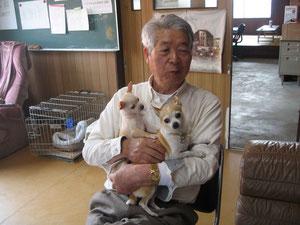 佐藤 堯さん&愛犬のチワワ