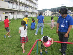 岡小名雇用促進住宅の子供達との交流