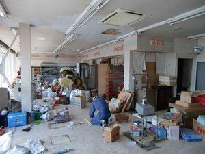 小名浜栄町個人店舗の片づけ