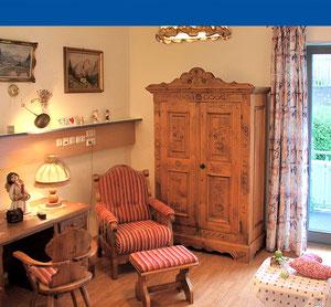 Zimmer mit Duschbädern, Balkonen oder Terrassen im Haus am Steinbach