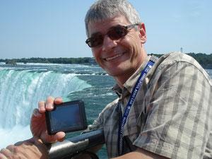An den Niagara-Fällen in Niagara Falls, Ontario, Kanada
