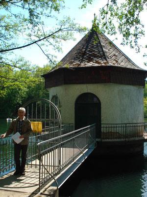 Pumpenhaus am Itzenplitzer Weiher in Schiffweiler-Heiligenwald
