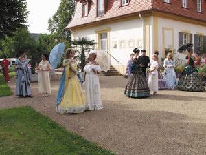 Quellentage in Bad Bocklet Ende Mai - mit Kurgartenbeleuchtung und Feuerwerk.