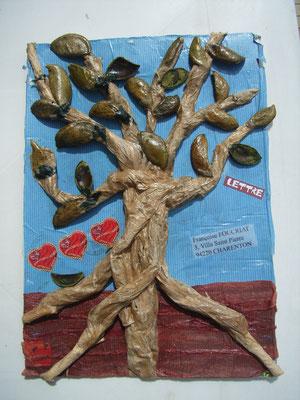 arbre en relief