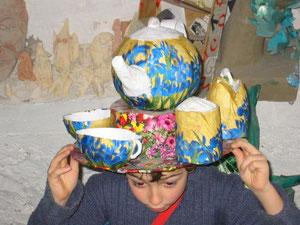 chapeau ... thé (chapeauté)
