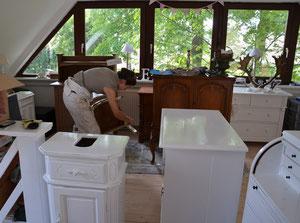 Bei der Arbeit - Landhausstil & Waschtisch-Werkstatt
