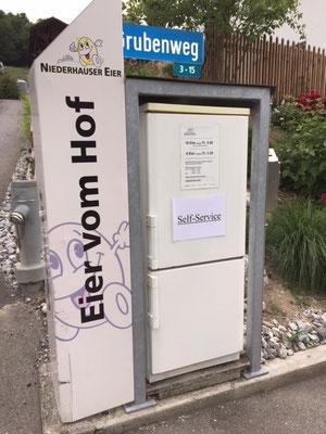 Selbstbedieung-Eier-kaufen-ab-Hof-Gerzensee-Kanton-Bern