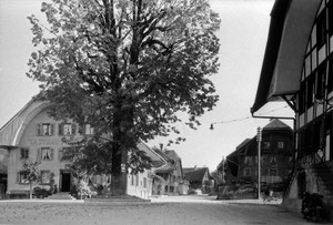 Luthern Dorf, Sonnenplatz, Naturstrasse  (LD 21)