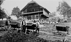 Hofstatt, Hinter Flühlen, Strassenbau mit Rollwagen (FS 2)