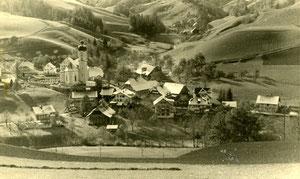 Luthern Dorf, Sicht von Gishubel Richtung Schwarzenbach  (LD 5)