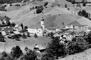Luthern Dorf, Sicht von Luegisdorf, um 1962  (LD 25)