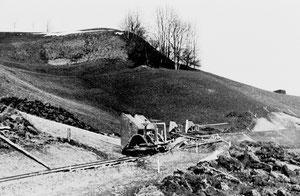 Luthern, Heubergstrasse, Erdverschiebungen mit Rollwagen, neue Linienführung mit Abzweigung beim Schwarzenbach  (HS 1)
