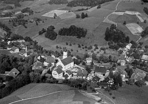 Luthern Dorf, Swissair Flugaufnahme 1950, Sicht von Vorhüsli  (LD 19)