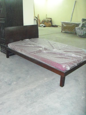 Semi Double bed Rs,15,000 W132D210cmSH35cm   SOLD