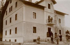Costruzione albergo Waldruhe attorno 1906