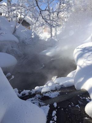 雪の露天風呂です。