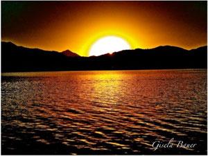 Sonnenuntergang in Brauntönen