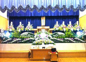 平群町野菊の里花祭壇