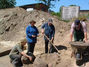 Blick auf die Grabungsfläche Juni 2007 (R. Heesch)