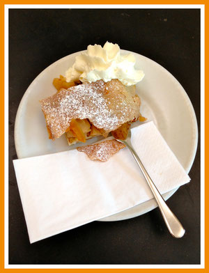 Apple Strudel @ Berlin Food Tour