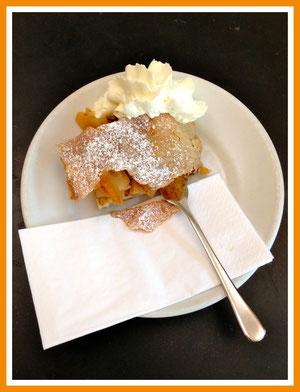 Apple Strudel @ Berlin Food Tour