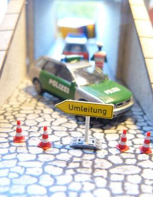 Audi A4 Avant der Polizeiwache Klingsbüttel im Einsatz