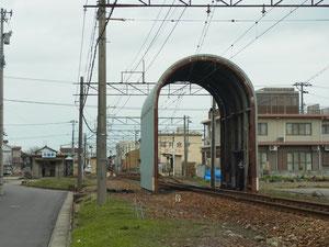 福井鉄道の「花堂駅」 武生からJRと平行に走っています。