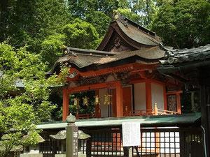 日根神社 本殿