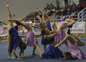 fitkid gym and dance, ftness acrobatico, fitkid team,acrodance