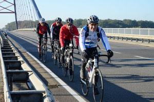 Brücke über die Elbe nach Dömitz zur einzigen Kontrolle an der Strecke