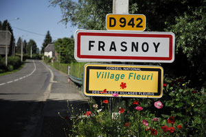 Le village de Frasnoy  par Richard Soberka