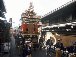 秋の高山祭「八幡祭」(はちまんまつり)