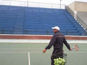 coach younes