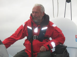"Robin Knox-Johnston auf ""Grey Power"""