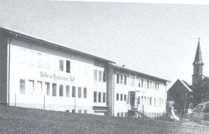 Volksschule/Volks-Hauptschule