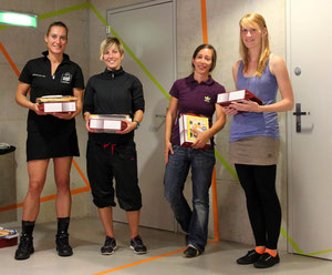 Siegerbild Damen: 1. Regina Ströbel (DE), 2. Andrea Zwicky (CH), 3. Claudine Boyer (CH) und Ilva Gerber (CH)