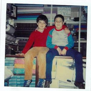 1982 dentro de la tienda de retales
