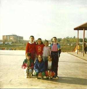 En colegio Claudio Sanchez albornoz. Al fondo el Alkor (antiguo Rihondo) y el parque de las comunidades cuando era una finca 1985