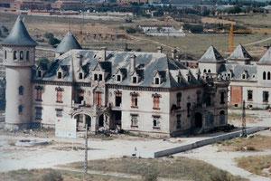 Los Castillos año 90 al comienzo de su rehabilitación