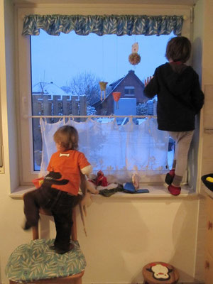 Großes Staunen beim morgendlichen Blick aus dem Fenster!